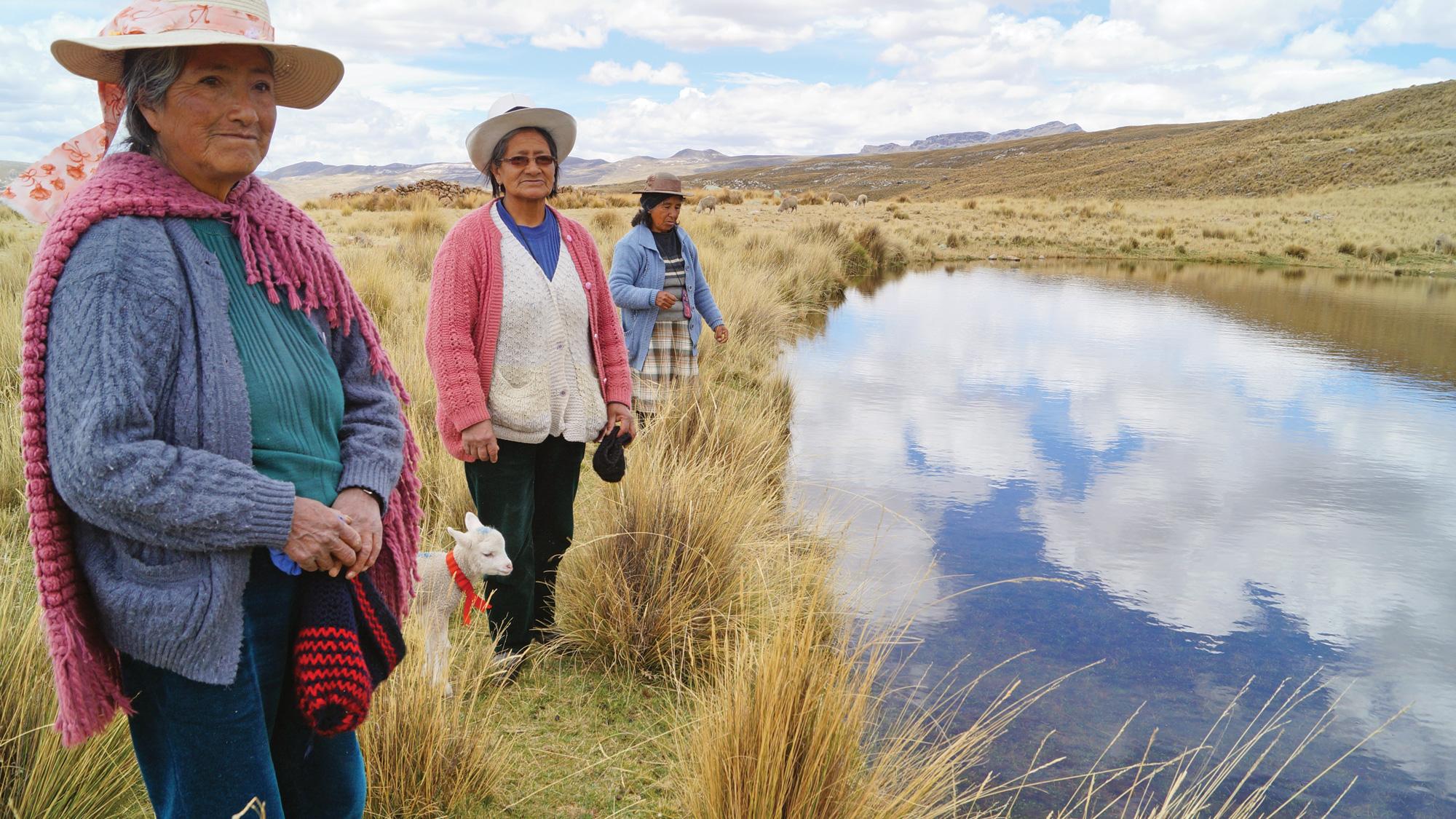 在Canchayllo补充湖泊